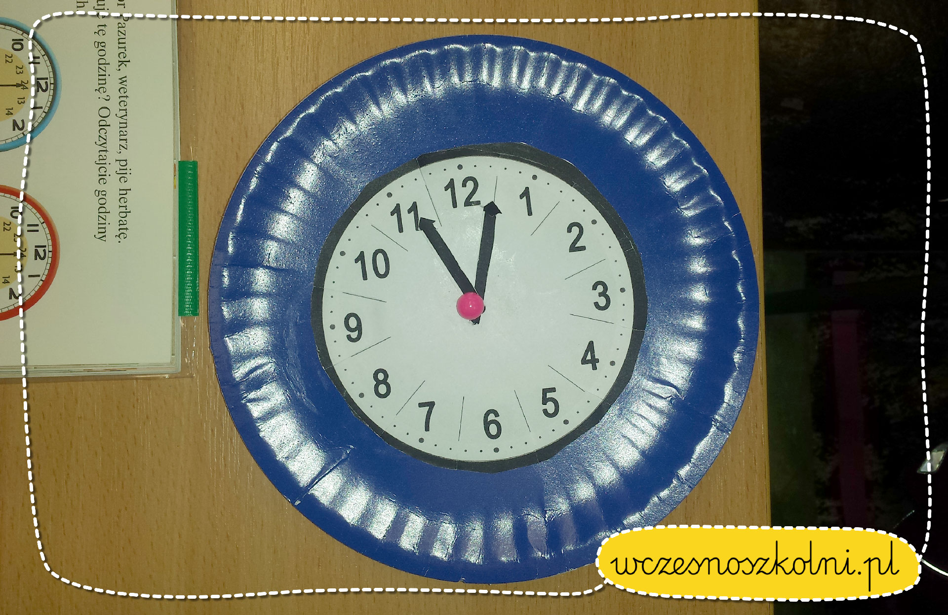 Zegary do nauki godzin popołudniowych.